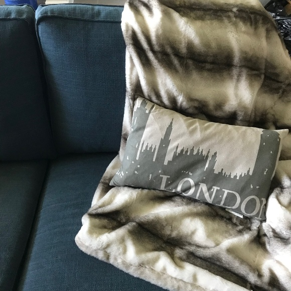 Amazing London Skyline Living Room Couch Throw Pillow Andrewgaddart Wooden Chair Designs For Living Room Andrewgaddartcom